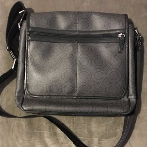 Gorgeous men's Coach shoulder bag